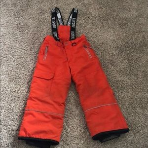 Boys snow pants size 6